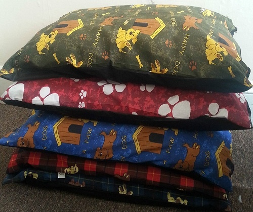 5 LARGE Dog Bed Filled Pillows / Cushions | 39″ x 29″ DIFFERENT PATTERNS WHOLESALE OFFER | Pack of 5